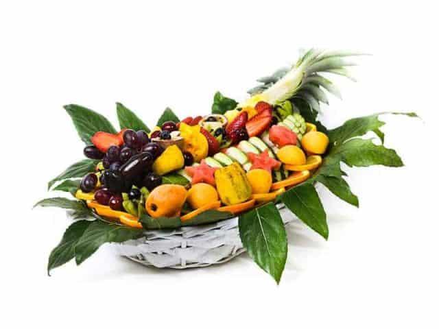 סלסלת פירות מפנקת